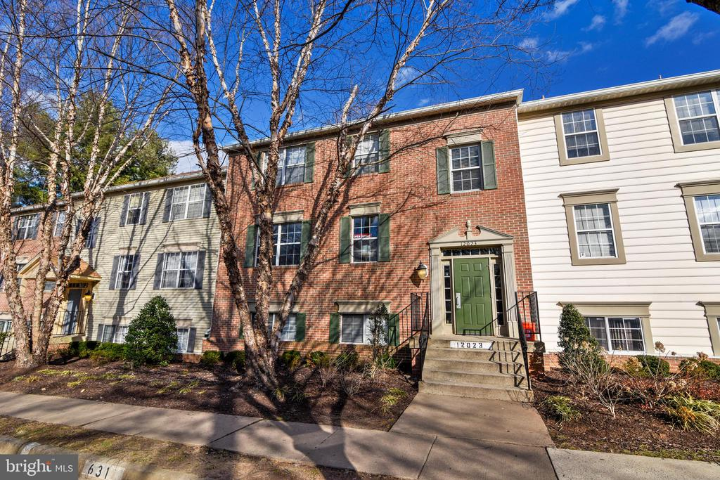 12023  GOLF RIDGE COURT  201 22033 - One of Fairfax Homes for Sale
