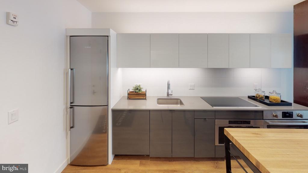 Bosch appliances in open kitchen design - 57 N ST NW #UNIT 308, WASHINGTON