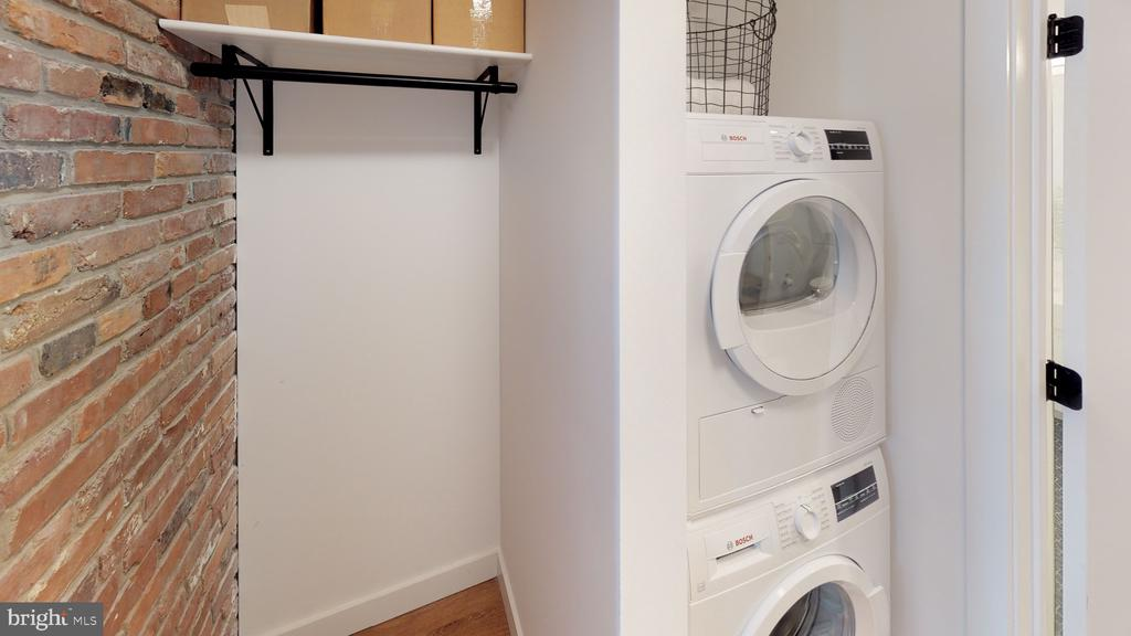 In unit washer/dryer - 57 N ST NW #UNIT 308, WASHINGTON