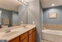 Master Bath has soaking tub and separate shower - 6260 WOODRUFF SPRINGS WAY #23, HAYMARKET
