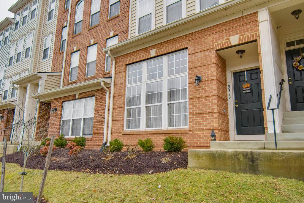 Brick-Front Condo - 6260 WOODRUFF SPRINGS WAY #23, HAYMARKET