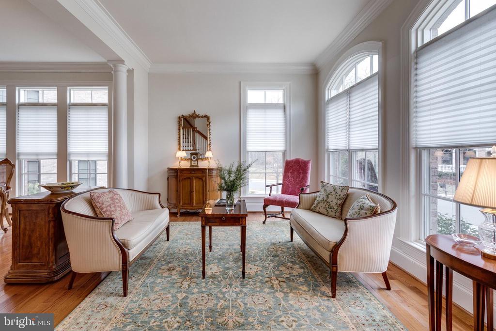 Formal Living Room - 8423 FALCONE POINTE WAY, VIENNA