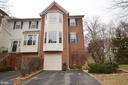 Beautiful Brick Front Townhouse - 21563 BANKBARN TER, BROADLANDS