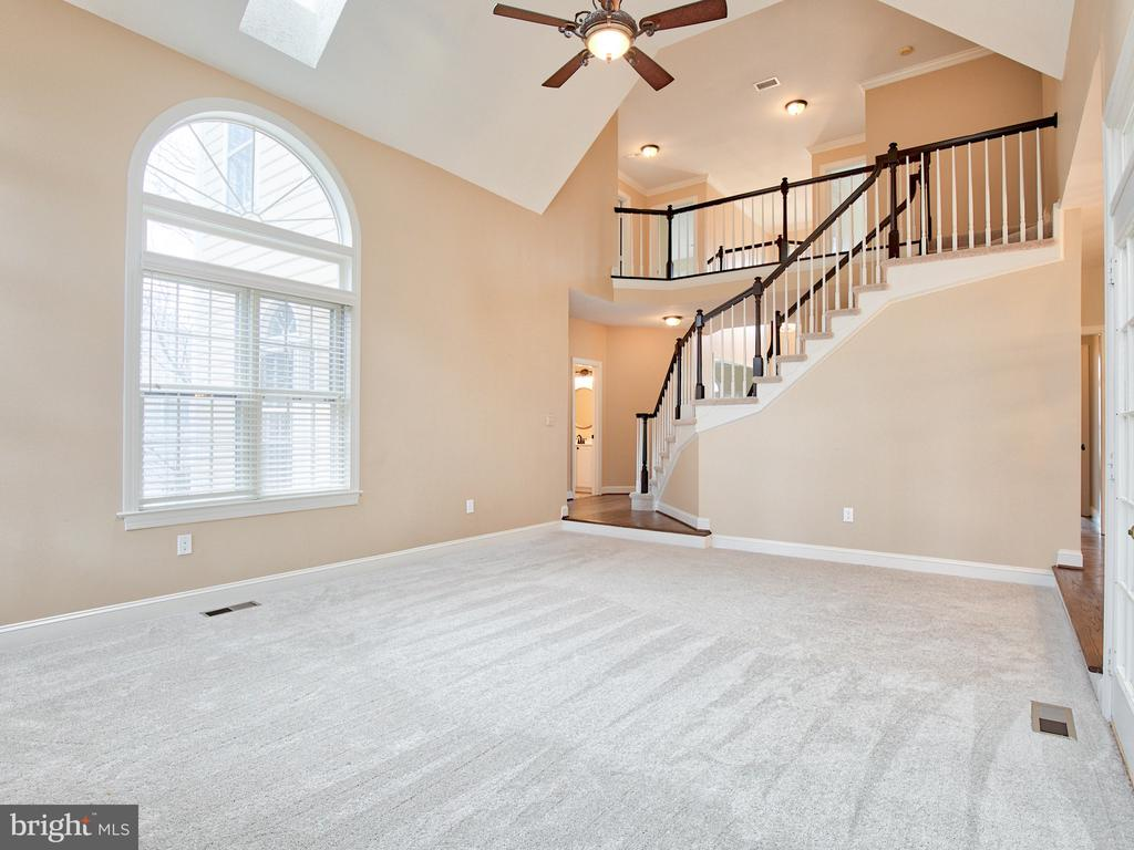 TWO-STORY FAMILY ROOM - 1135 ROUND PEBBLE LN, RESTON