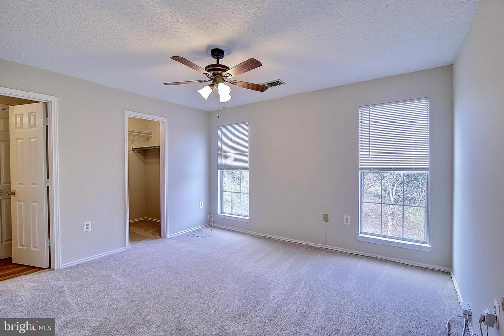 - 21026 TIMBER RIDGE TER #304, ASHBURN