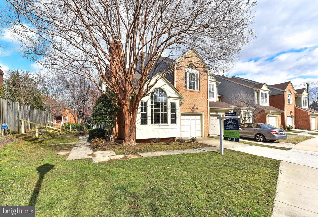One of Alexandria 5 Bedroom Homes for Sale at 5908  SANDBROOK COURT