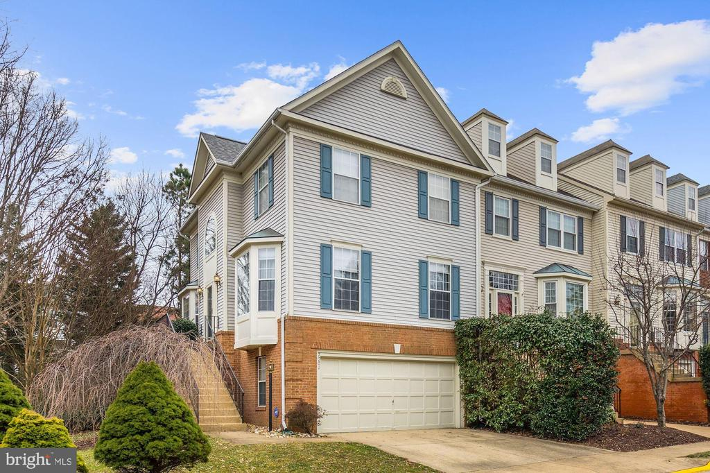 7001  KINGS MANOR DRIVE, Kingstowne, Virginia