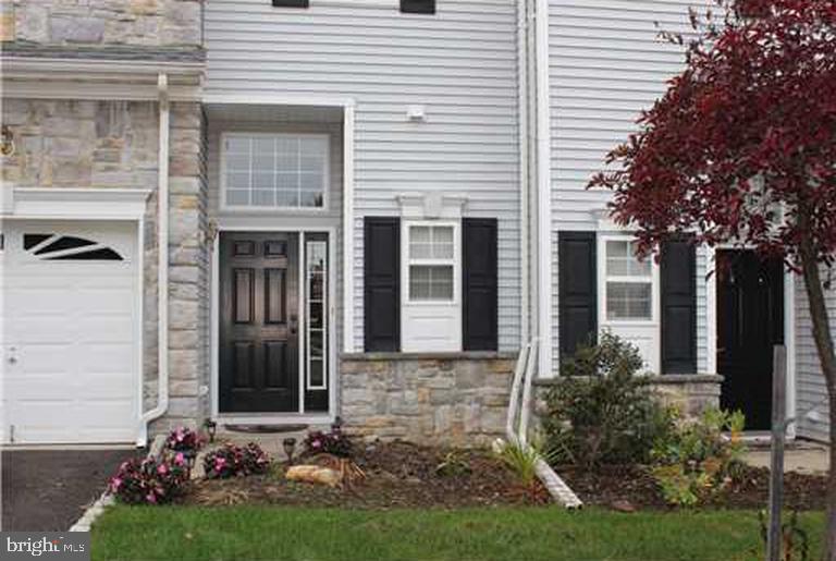 Maison unifamiliale pour l Vente à 47 ROZALYN LN #119 South Amboy, New Jersey 08879 États-Unis