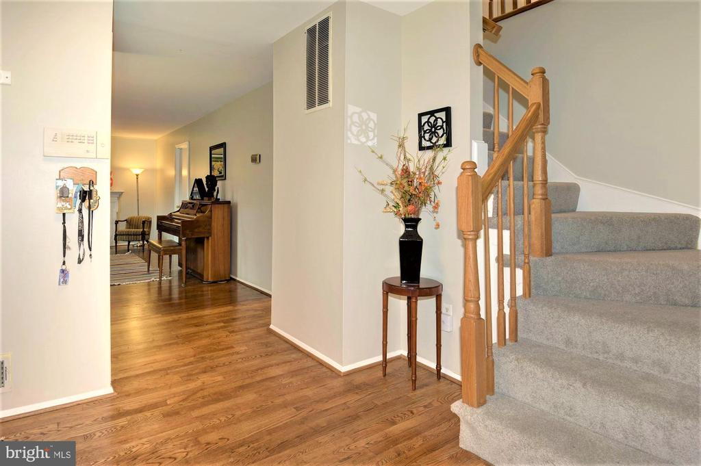 Open Foyer with new hardwood floors - 2305 ROSEDOWN DR, RESTON