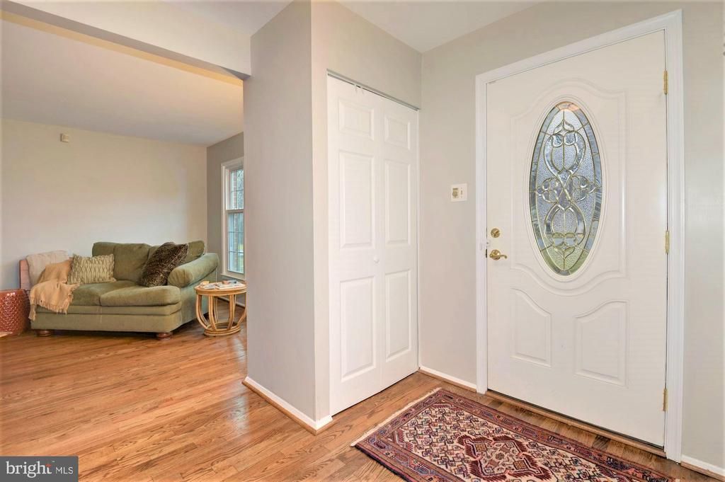 Foyer with  court closet - 2305 ROSEDOWN DR, RESTON