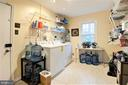 large mudroom off the garage - 2305 ROSEDOWN DR, RESTON