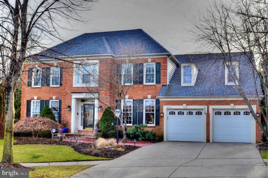 Front View - 43255 TISBURY CT, CHANTILLY