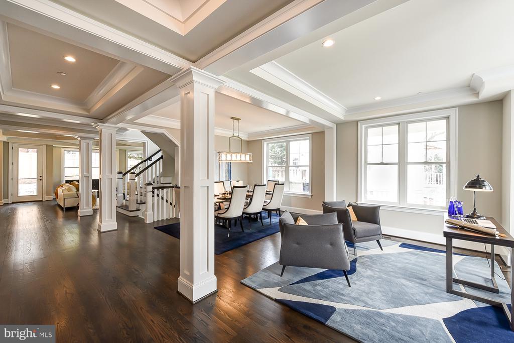 Fabulous Open Floor Plan Design - 4617 GLENBROOK PKWY, BETHESDA