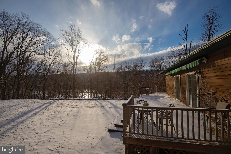 Частный односемейный дом для того Продажа на 2394 DANIEL BRAY HIGHWAY Stockton, Нью-Джерси 08559 Соединенные ШтатыВ/Около: Kingwood Township