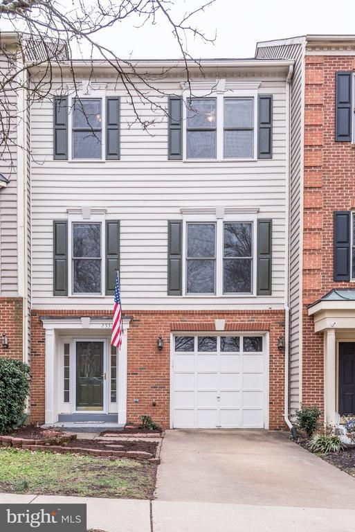25372  HERRING CREEK DRIVE,Fairfax  VA