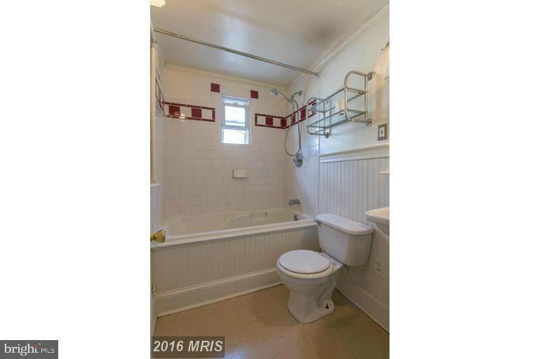 Full Bath - 185 CLAY ST, ANNAPOLIS