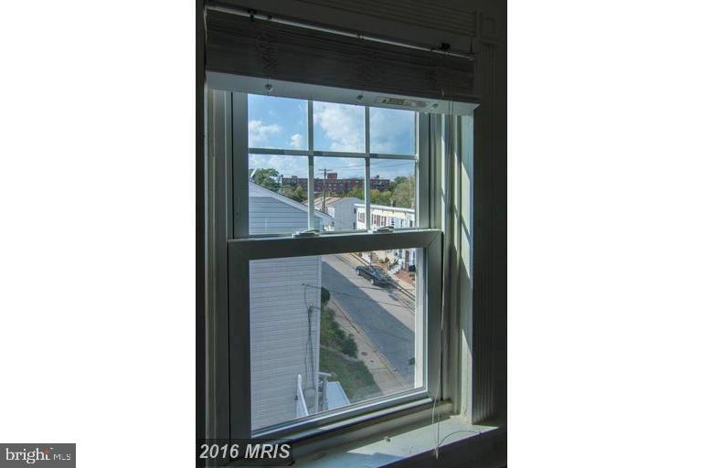 Shot of street from 3rd floor window - 185 CLAY ST, ANNAPOLIS