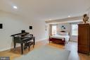 5th bedroom in basement with walk-in closet - 3429 WAPLES GLEN CT, OAKTON