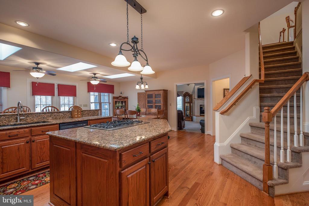 Kitchen offers 2nd Stairway to Upper Level - 10515 WILDBROOKE CT, SPOTSYLVANIA