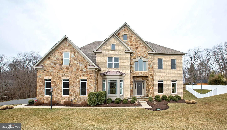 Single Family for Sale at 3429 Waples Glen Ct 3429 Waples Glen Ct Oakton, Virginia 22124 United States