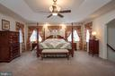 Relax in your Private Master Suite - 10515 WILDBROOKE CT, SPOTSYLVANIA