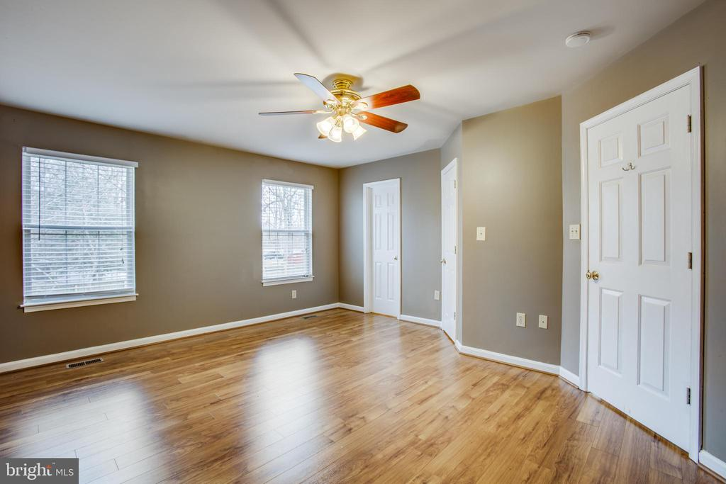 Master Bedroom with attached Bath - 5514 S BRANCH RD, FREDERICKSBURG