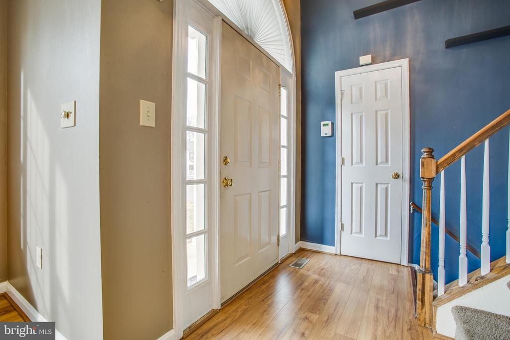 Foyer Entry - 5514 S BRANCH RD, FREDERICKSBURG