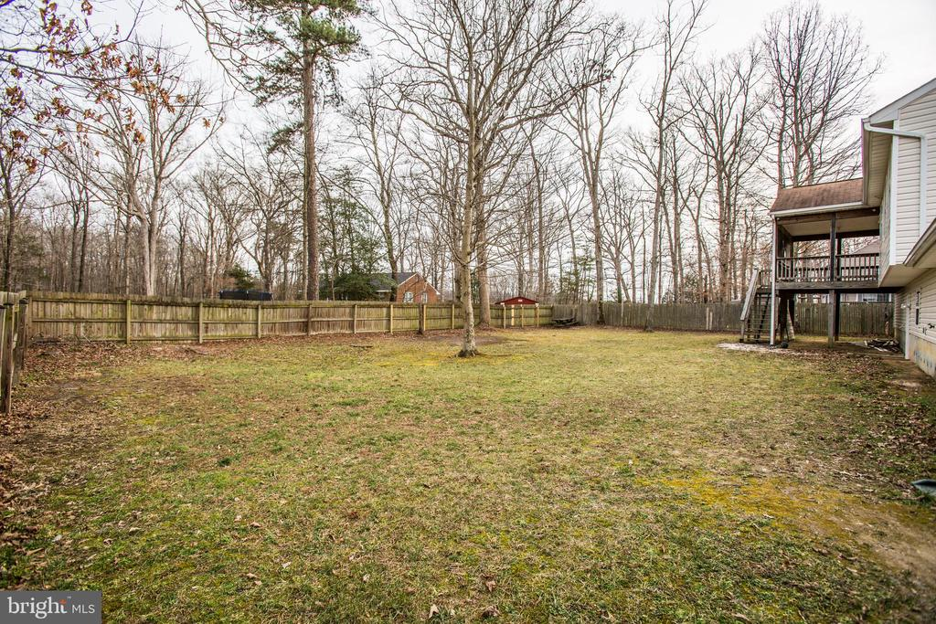 Flat Backyard with Fence - 5514 S BRANCH RD, FREDERICKSBURG