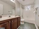 Full Bathroom - 6012 CREST PARK DR, RIVERDALE