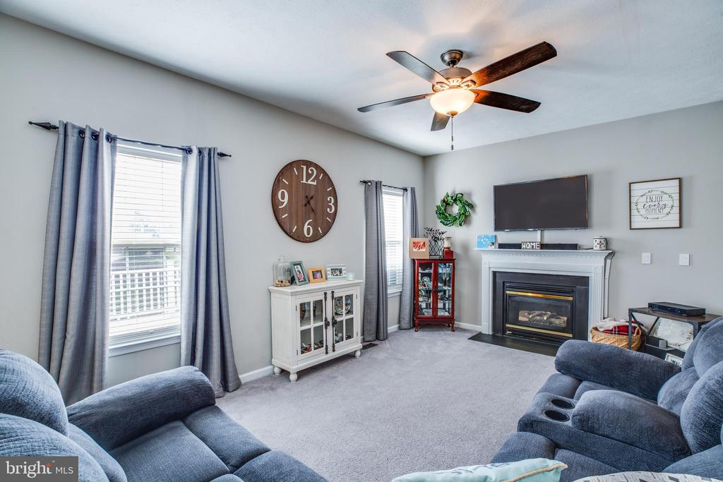 Six ceiling fans throughout the home. - 40 NORTHAMPTON BLVD, STAFFORD