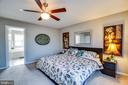 Master bedroom with master bath. Plenty of light. - 40 NORTHAMPTON BLVD, STAFFORD