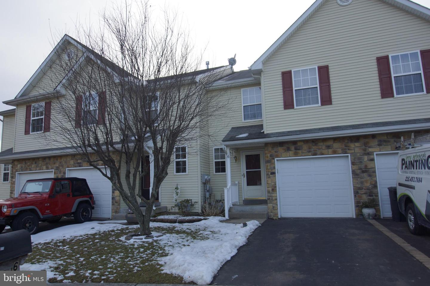 Photo of home for sale at 6 Coolidge Avenue, Sellersville PA