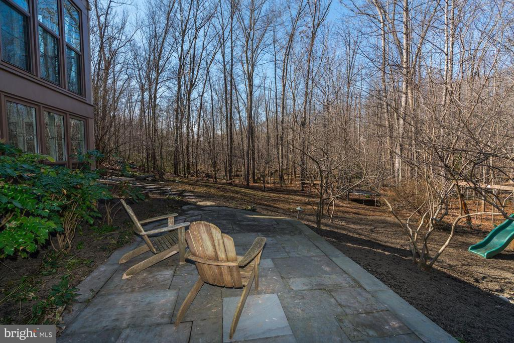 Relax & take in the views on 1 of the many patios! - 2008 ROUNDHOUSE RD, VIENNA