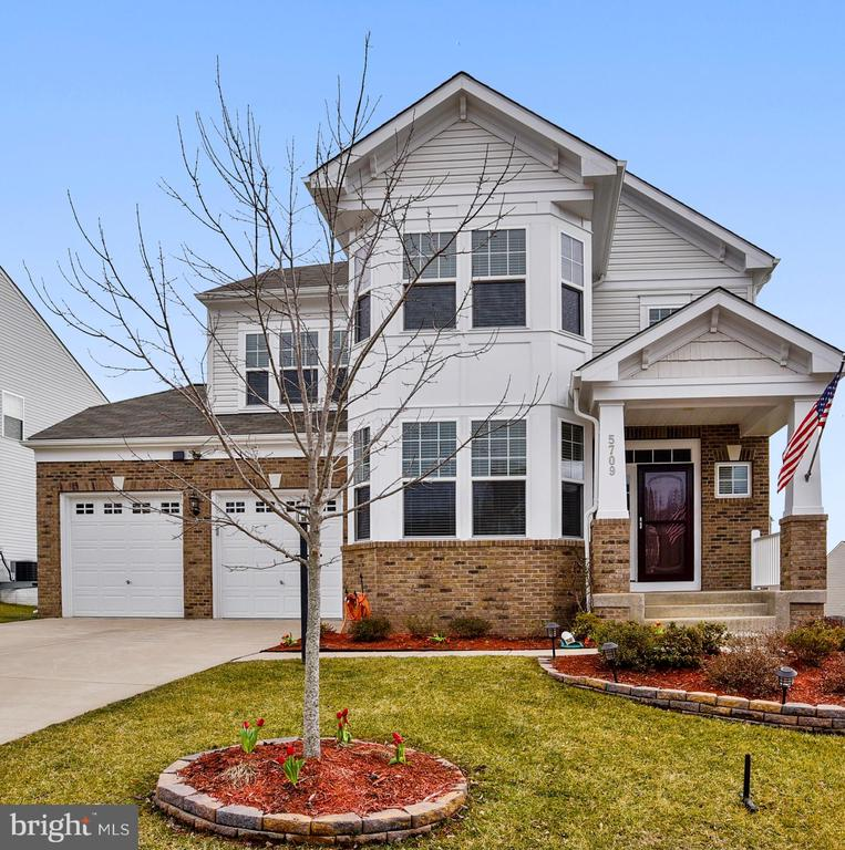 WELCOME HOME! - 5709 SPRIGGS MEADOW DR, WOODBRIDGE