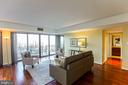 Living Room Opens to Balcony - 1530 KEY BLVD #506, ARLINGTON