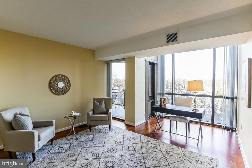 Guest Bedroom - 1530 KEY BLVD #506, ARLINGTON