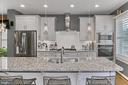 Designer tile backsplash - 1148 S LINCOLN ST, ARLINGTON