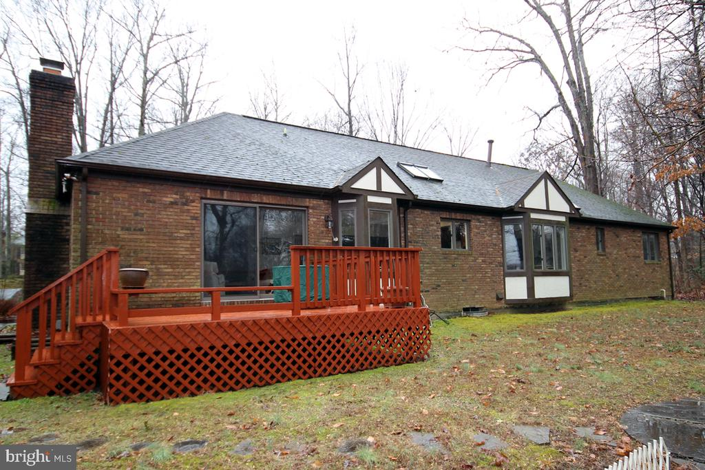 Rear View note Roof  Design and Character - 3225 RIVERVIEW DR, TRIANGLE