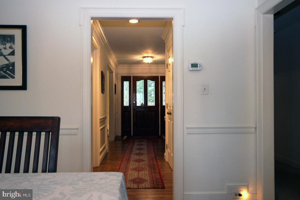 Dining Room view to Hallway - 3225 RIVERVIEW DR, TRIANGLE