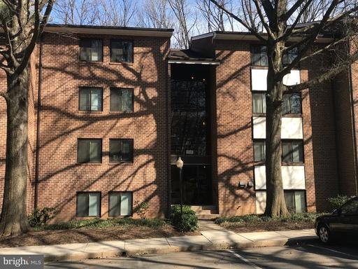 1556 NORTHGATE SQ #12B