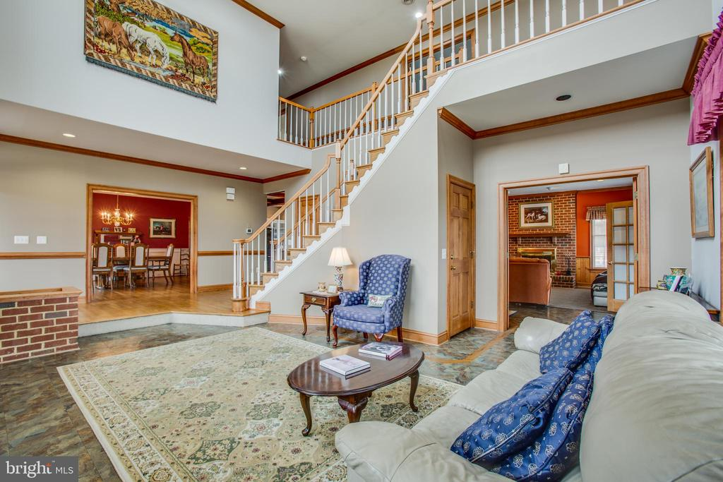 View  every room from here - 7411 SNOW HILL DR, SPOTSYLVANIA