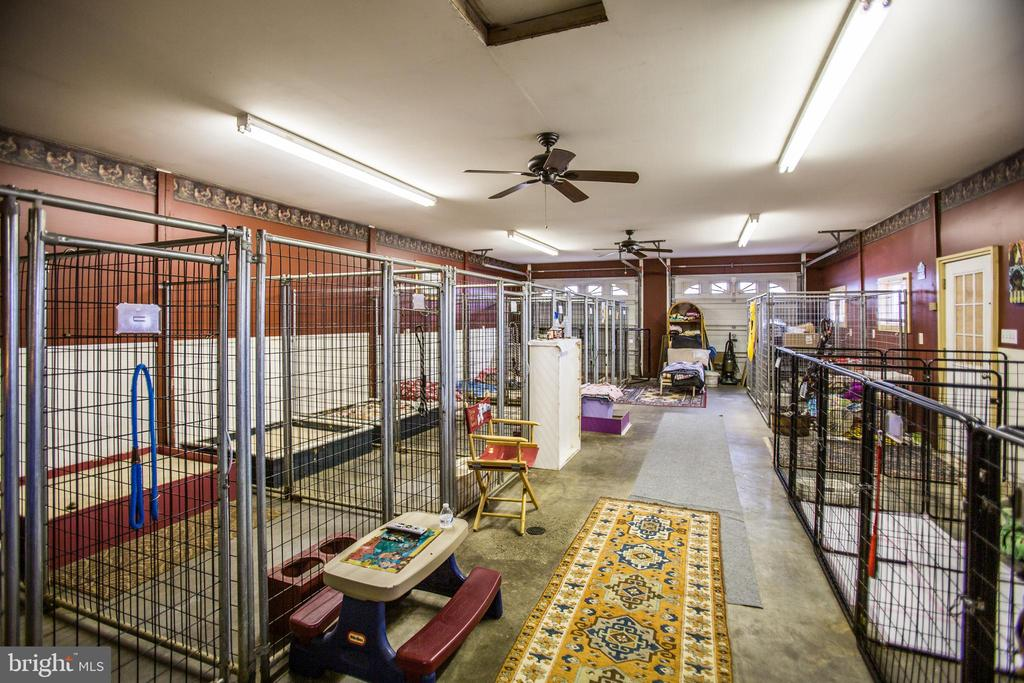 Set up as a kennel with heat/ac - 7411 SNOW HILL DR, SPOTSYLVANIA