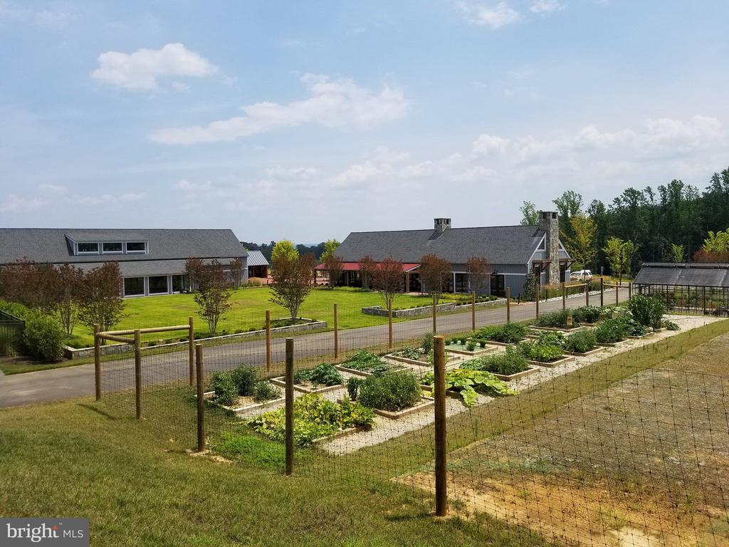 Community garden plots available - 2565 PASSIONFLOWER CT, DUMFRIES