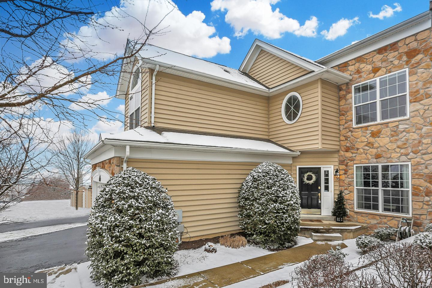 Photo of home for sale at 29 Sagewood Drive, Malvern PA