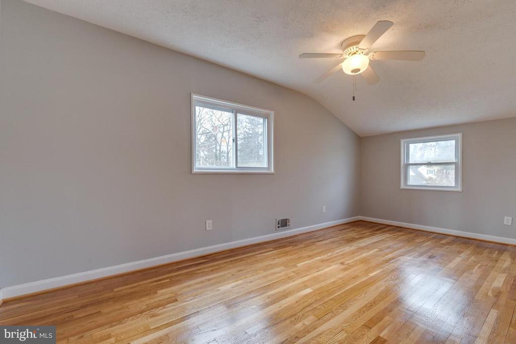 Bedroom 4 on level 4 - 10321 WOOD RD, FAIRFAX