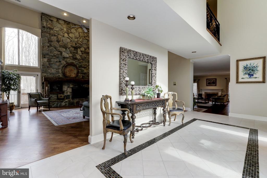 Foyer - 6709 ARROYO CT, ROCKVILLE