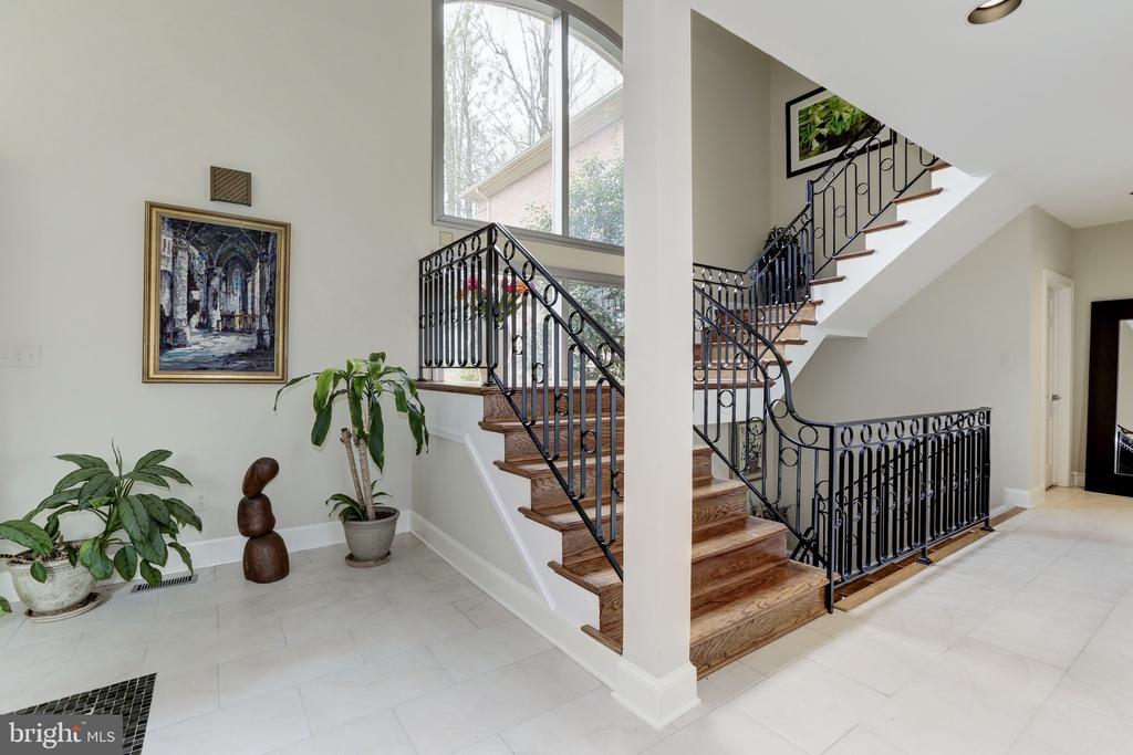 Stair Detail - 6709 ARROYO CT, ROCKVILLE