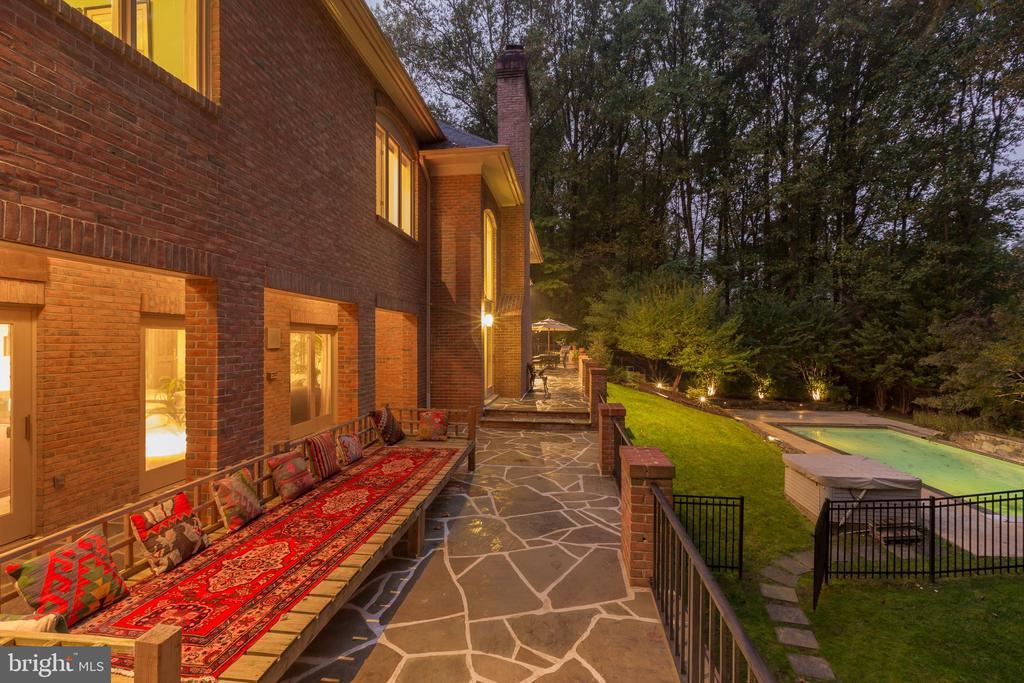 Terrace - 6709 ARROYO CT, ROCKVILLE