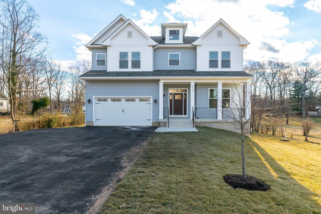 8733  POHICK ROAD, Springfield, Virginia