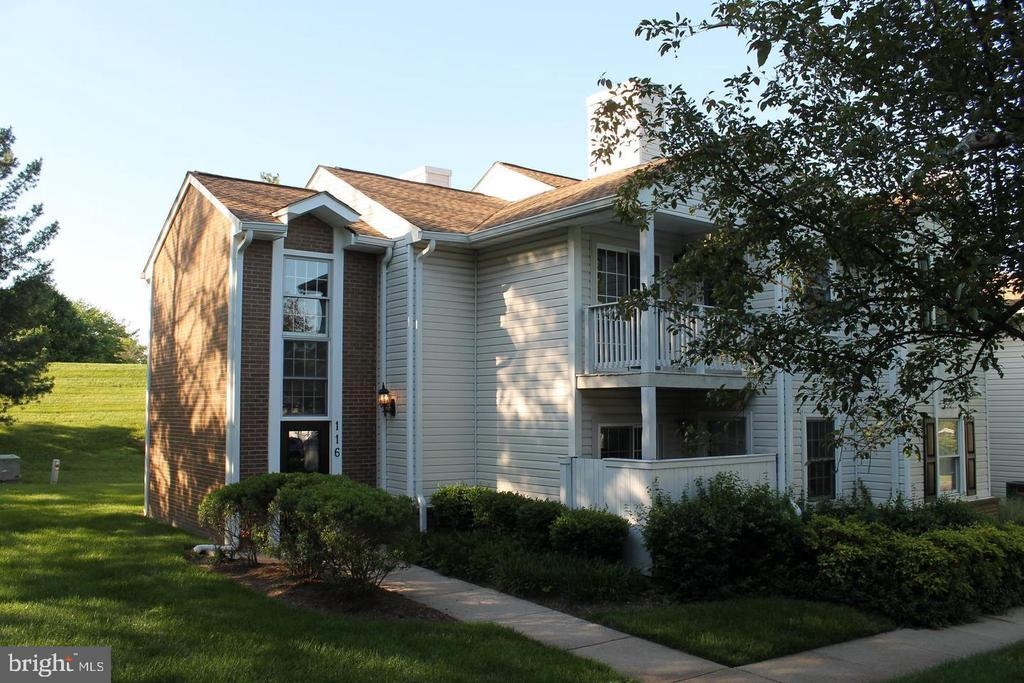 - 116 WESTWICK CT #1, STERLING